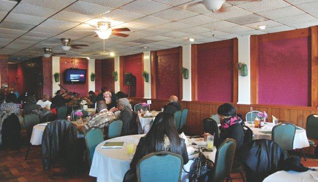 dining_terrilynns.jpg.jpe