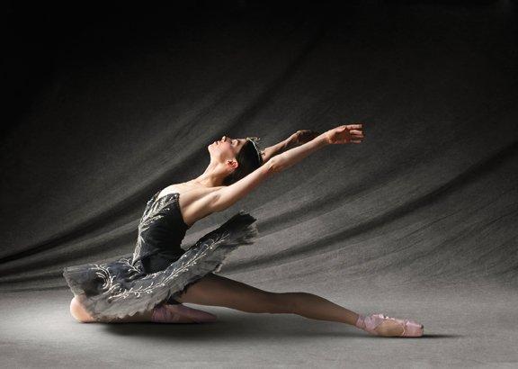 dancepreview_swanlake.jpg.jpe