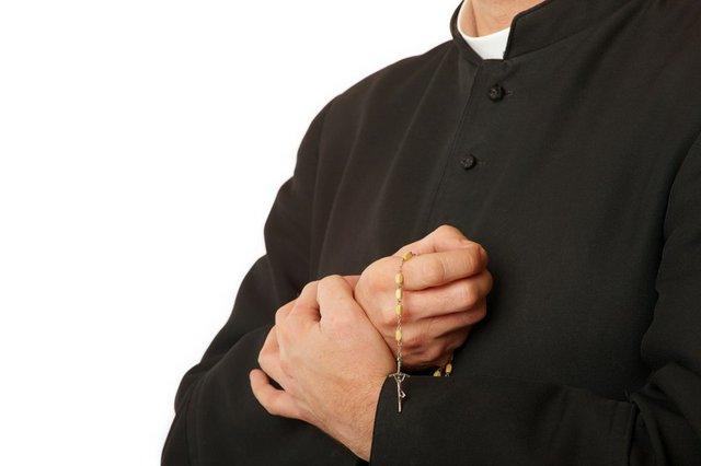 priest pic.jpg.jpe