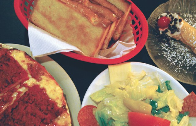 dining1.jpg.jpe