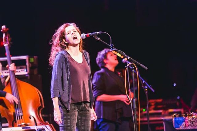 neko case riverside theater.jpg.jpe