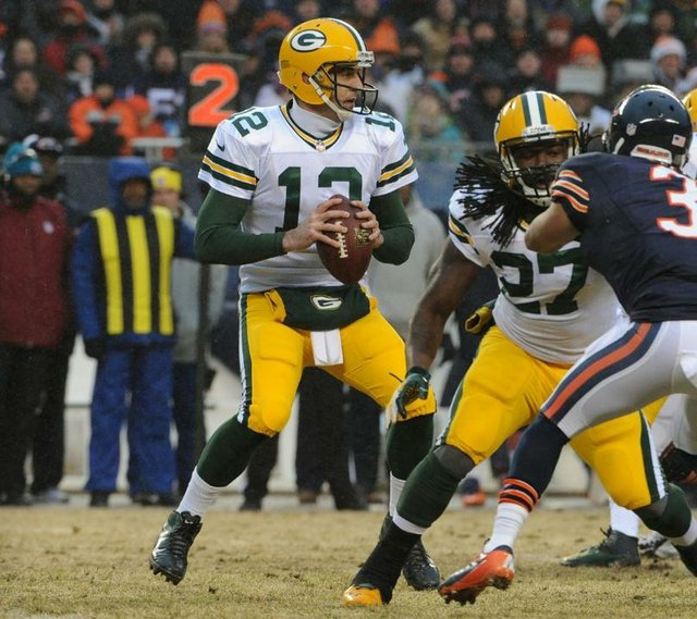 aaron rodgers green bay packers chicago bears 2013.jpg.jpe