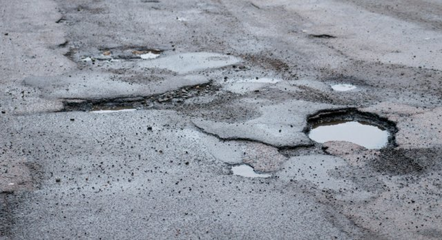 potholes.jpg.jpe