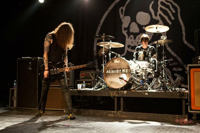 against me the rave 2014 live.jpg.jpe