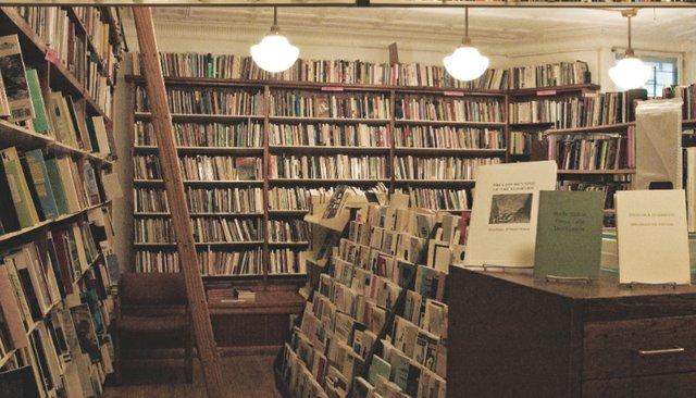 books.jpg.jpe