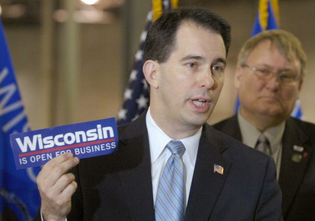 wisconsin-walker-pledge.jpg.jpe