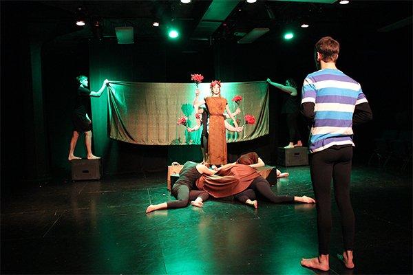 theatrereview_uwm_lisafadden.jpg.jpe