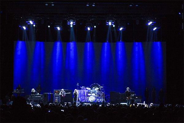 concertreview_fleetwoodmac3.jpg.jpe