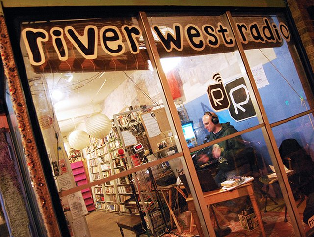 ae_riverwestradioonfm.jpg.jpe