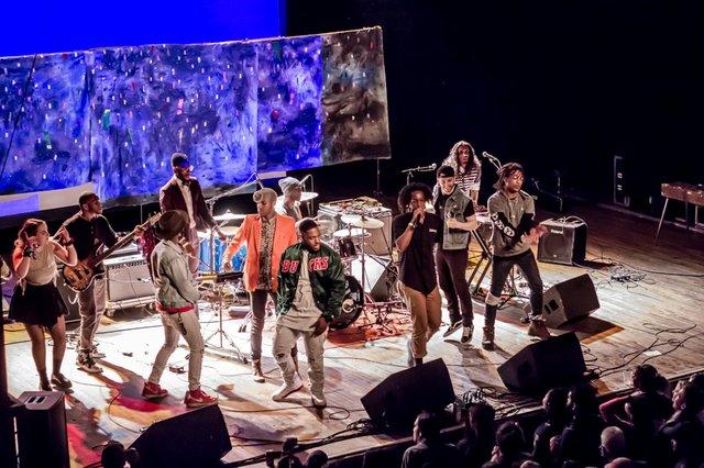 concertreview_milwaukeeday.jpg.jpe