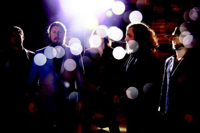 musicgateway_mymorningjacket_bydannyclinch_.jpg.jpe