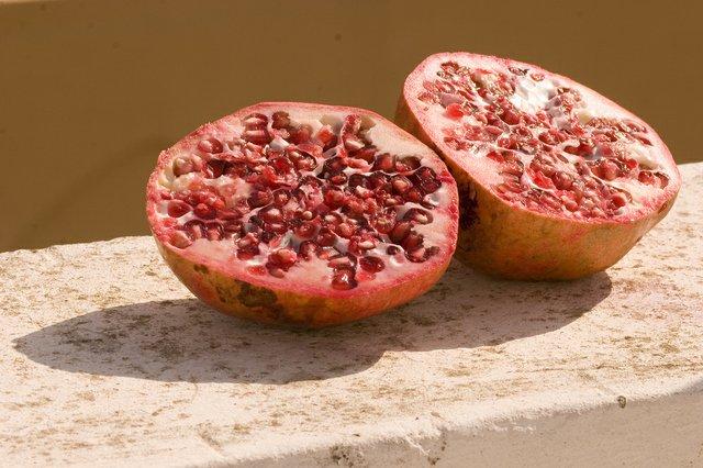 pomegranate.jpg.jpe