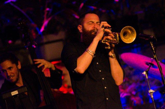 jazz.jpg.jpe