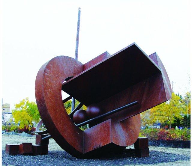 westbendsculptures.jpg.jpe