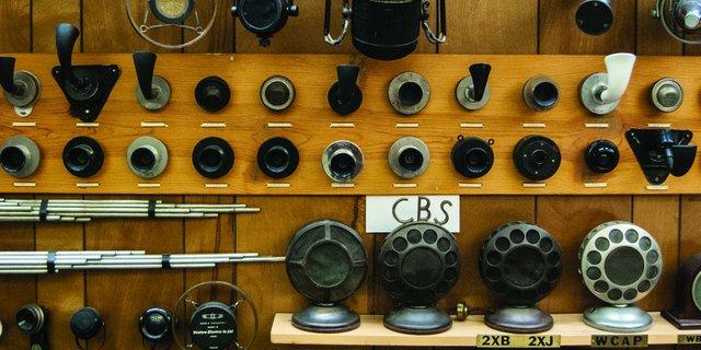 microphonemuseum.jpg.jpe