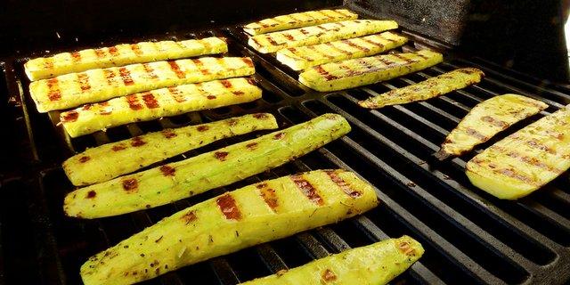 zucchini-grilled.jpg.jpe