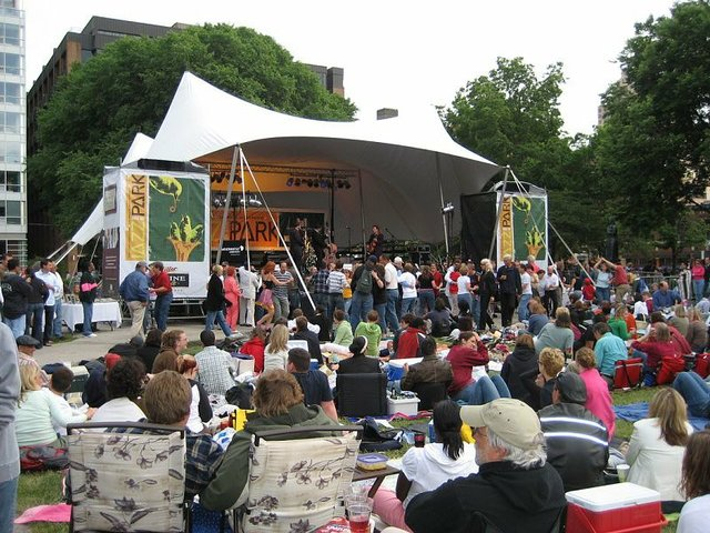 jazz in the park.jpg.jpe