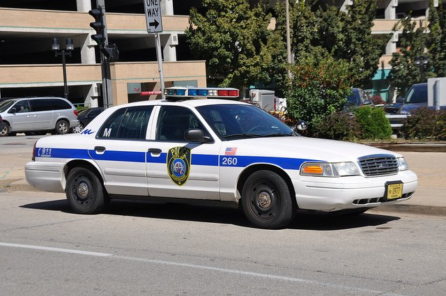 milwaukee police car.jpg.jpe