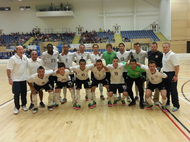 u.s. national futsal team 2014.jpg.jpe