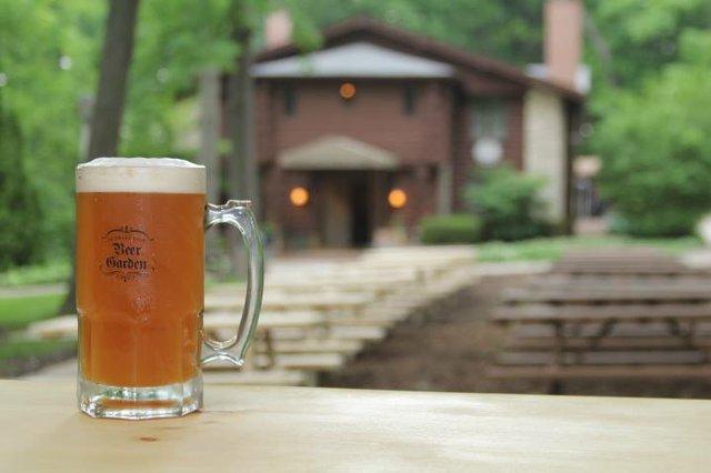 hubbard park beer garden.jpg.jpe
