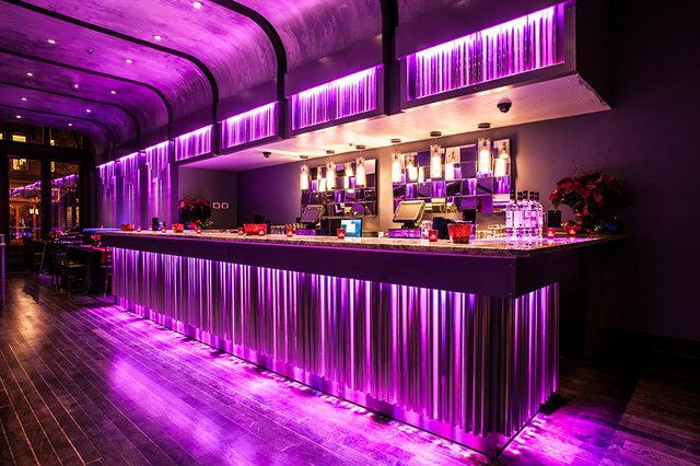 aroundmke-lucid-light-lounge.jpg.jpe