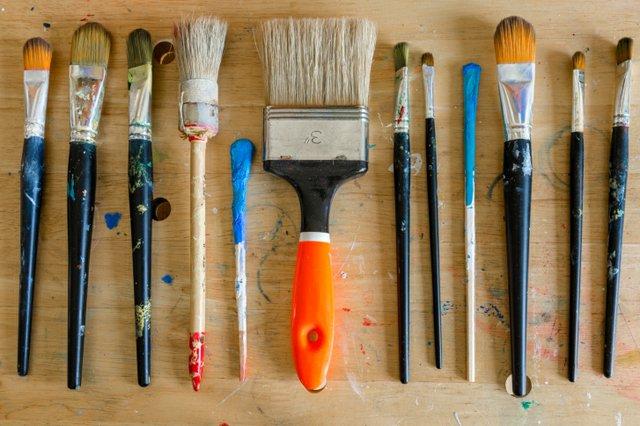 paintbrushes.jpg.jpe