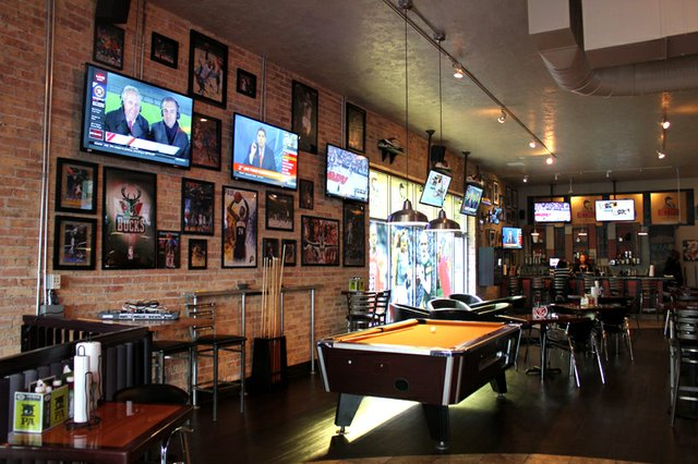 5 Of Milwaukee S Best Sports Bars Shepherd Express