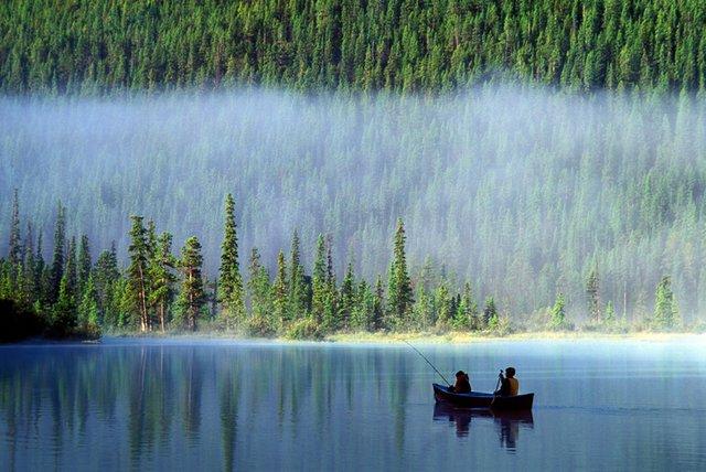 canoe.jpg.jpe