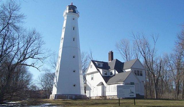 lighthouse.jpg.jpe