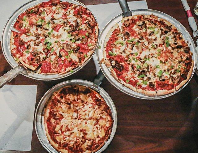 PizzaWeek_PapaLuigis.jpg