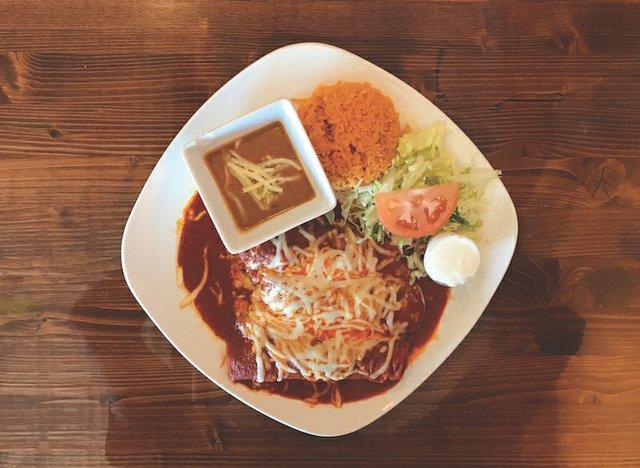 DiningOut_Azteca_A.jpg