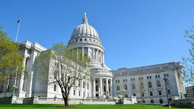 wi-state-capitol.jpg