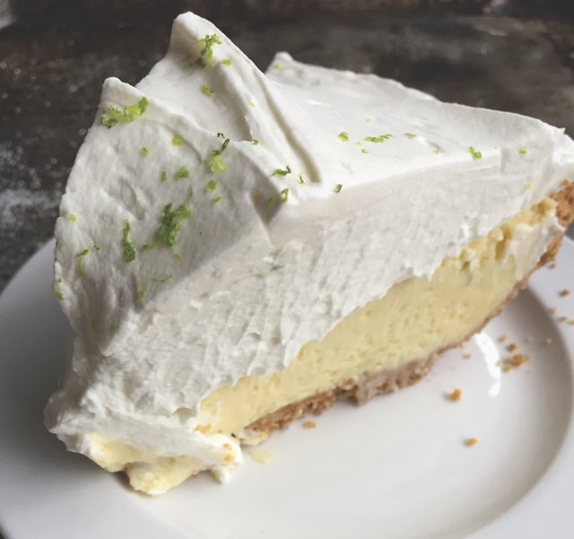 ShortOrder_HoneypieCafe_KeyLimePie_PhotoCreditValeriLucks.jpg