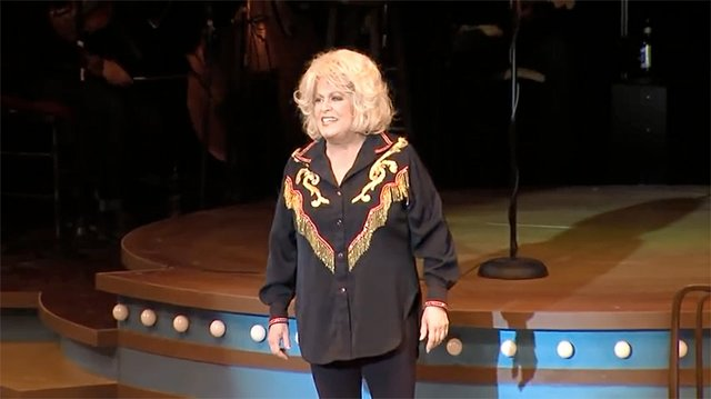 theater-preview-patsy-cline.jpg