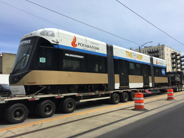 MilwaukeeStreetcar.jpeg