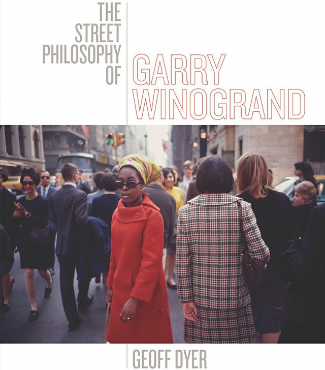 BookReview_GarryWinogrand.jpg