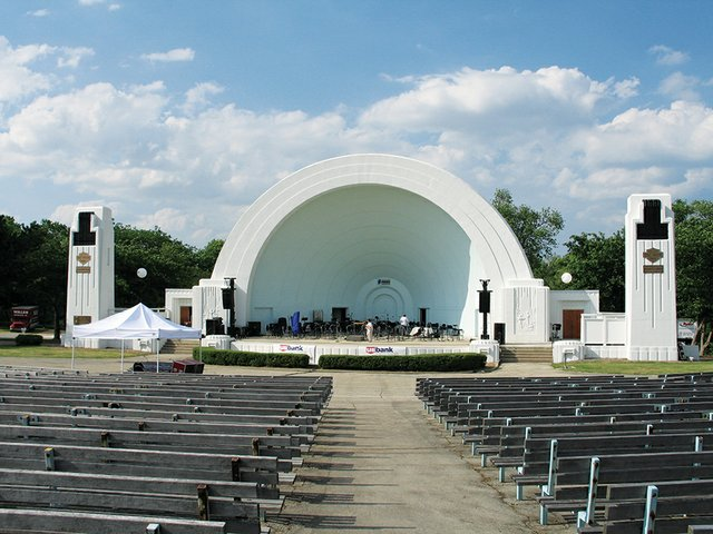 WashingtonParkBandshell.jpg