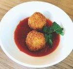DiningOut_Celeste_A.jpg
