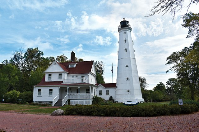 News2_NorthPointLighthouse_PhotoCourtesyOfKevinWalzak.jpg