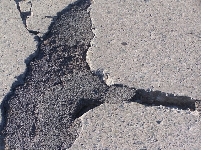 NewsTwo-potholes.jpg