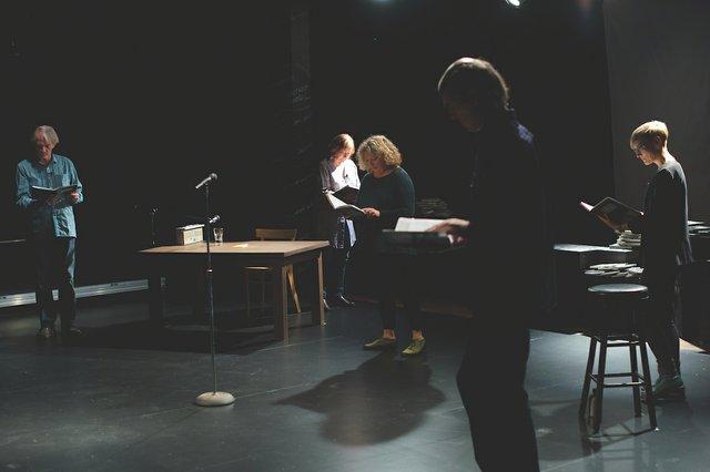 InReview_TheatreGigante_A_ByRobertMPowell.jpg
