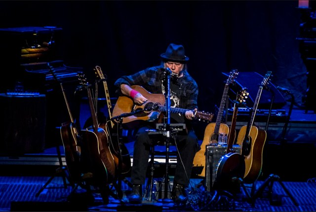 Neil Young Turned the Riverside Into His Living Room - Shepherd Express
