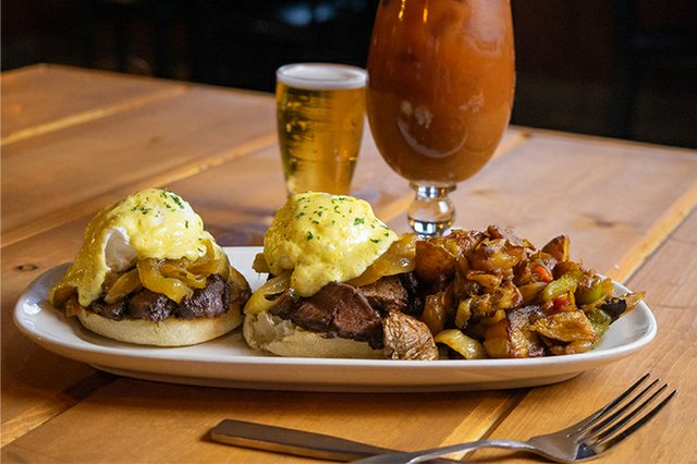 state-house-brunch-flat-iron-benny.jpg