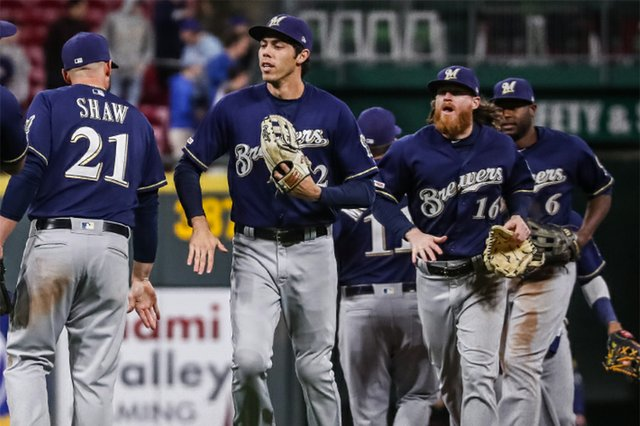 Brewers_winning.jpg