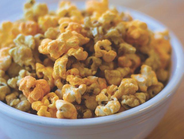 EatDrink_LushPops_(LaurenMiller)_C.jpg