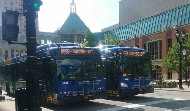 2_MCTS_buses.jpg