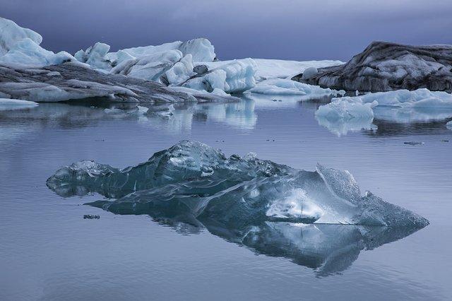 Jokulsarlon Ice flowNP-8983.jpg