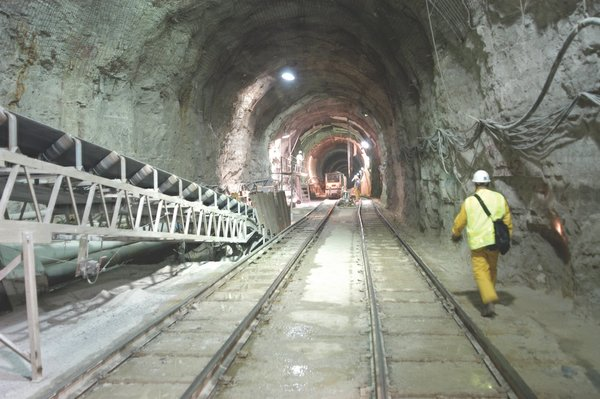 News1_DeepTunnelConstruction_(CourtesyOfMMSD).jpg