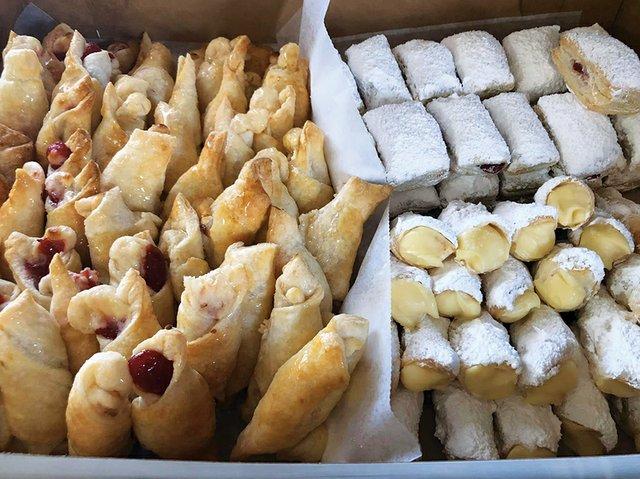 EatDrink_JohannasCakes_A.jpg