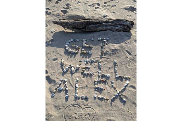06_Pebbles-for-Alex_VirginiaSmall_Writer.jpg